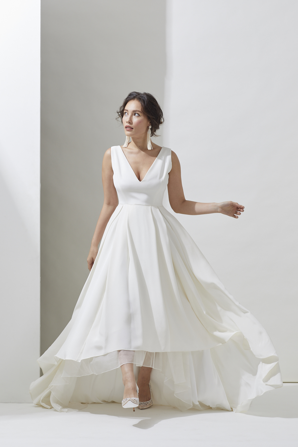 [RENTAL]Alexandra Grecco[Tahlula Solid Gown]