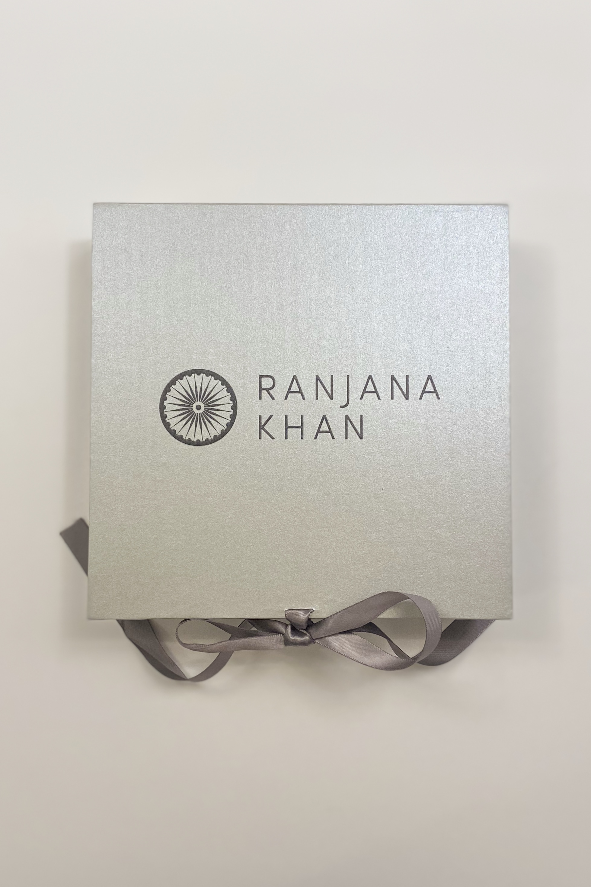 [即配送][SELL]Ranjana Khan[専用BOX]